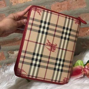 🌟authentic burberry ipad case(full)